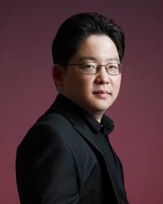 Sunghoon Hwang